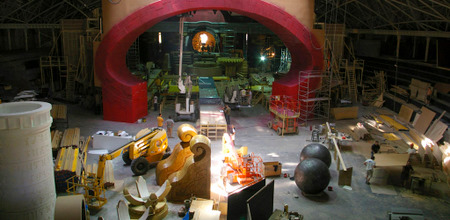 3 hellboy titok terformalas habvagas hungarocell grafikai termek tervezes feluletalkotas film diszletkeszites