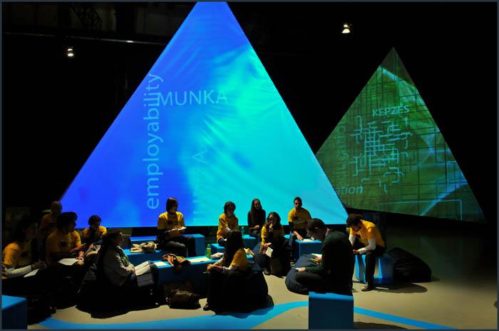 dsc 3719 YOM   Budapest  terformalas grafikai termek tervezes film diszletkeszites digitalis nyomtatas