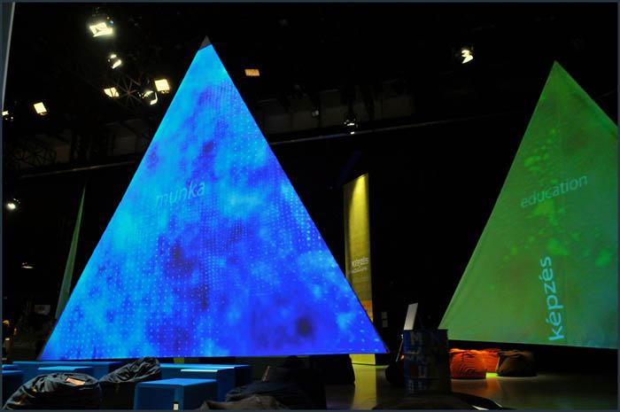 dsc 3737 YOM   Budapest  terformalas grafikai termek tervezes film diszletkeszites digitalis nyomtatas