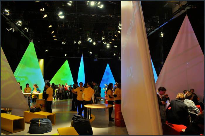 dsc 3750 YOM   Budapest  terformalas grafikai termek tervezes film diszletkeszites digitalis nyomtatas